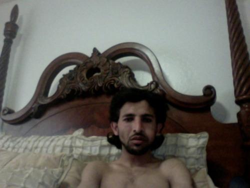 Вор в кровати