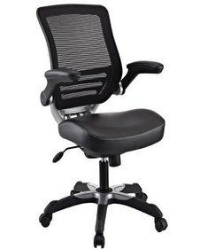 Компьютерный стул с регулировкой подлокотников